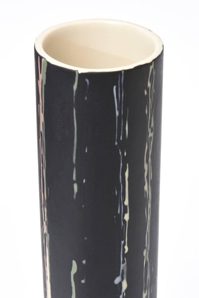 Ceramic Vintage Vase or Vessel Hand-Painted In Excellent Condition For Sale In North Miami, FL