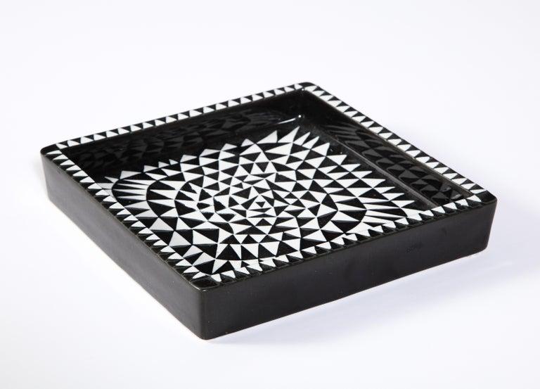 Swedish Ceramics by Stig Lindberg, Scandinavian Midcentury, circa 1950, Black and White For Sale