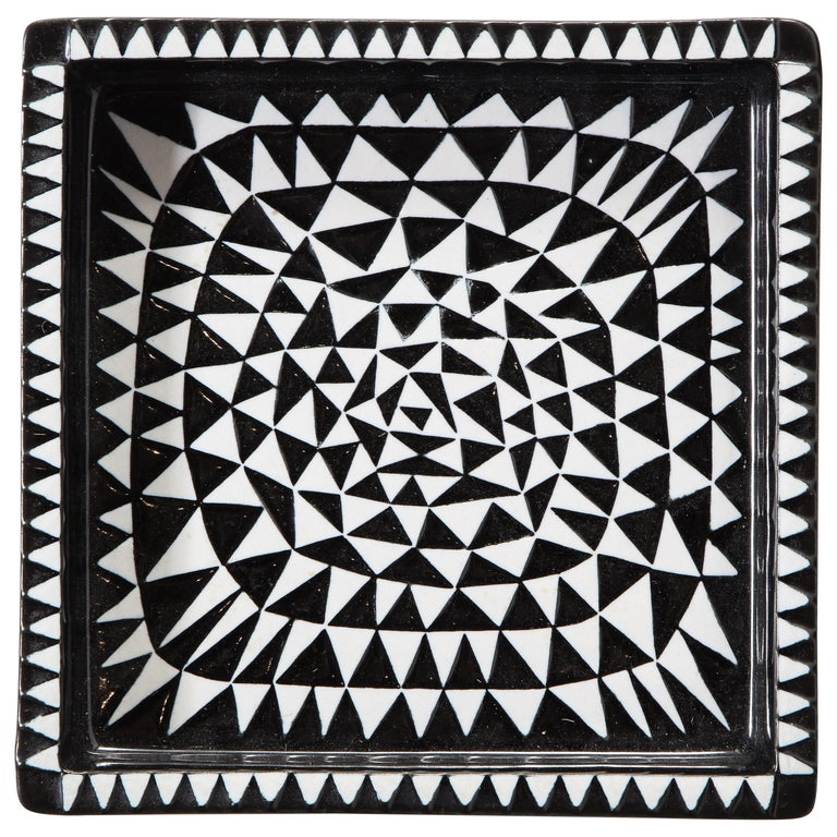 Ceramics by Stig Lindberg, Scandinavian Midcentury, circa 1950, Black and White For Sale