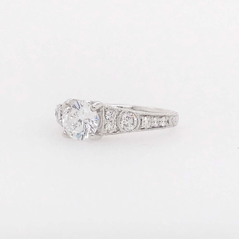 Certified 1 Carat Diamond Vintage Style Ring and Antique Hand Engraving For Sale 4