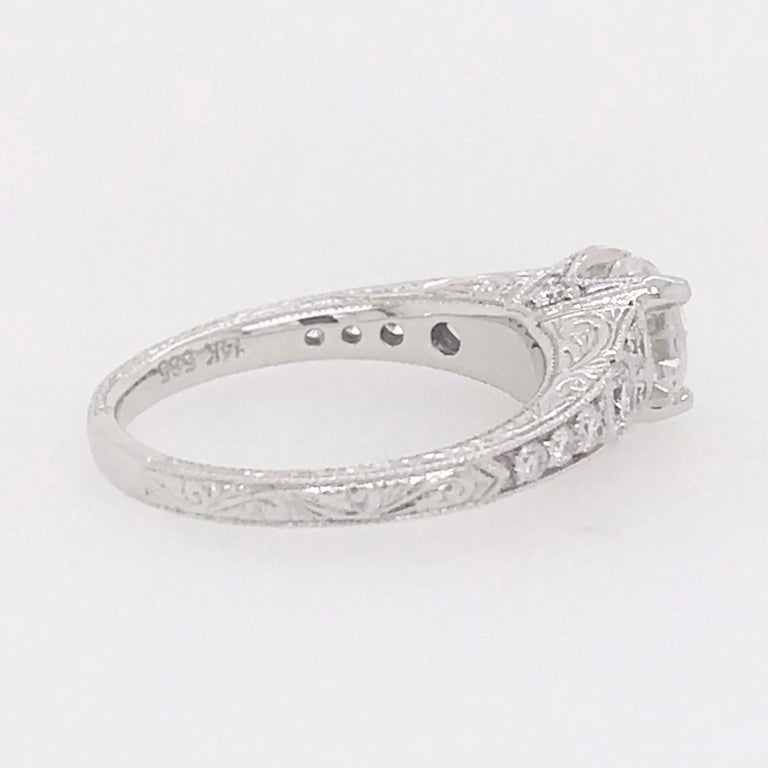 Certified 1 Carat Diamond Vintage Style Ring and Antique Hand Engraving For Sale 1