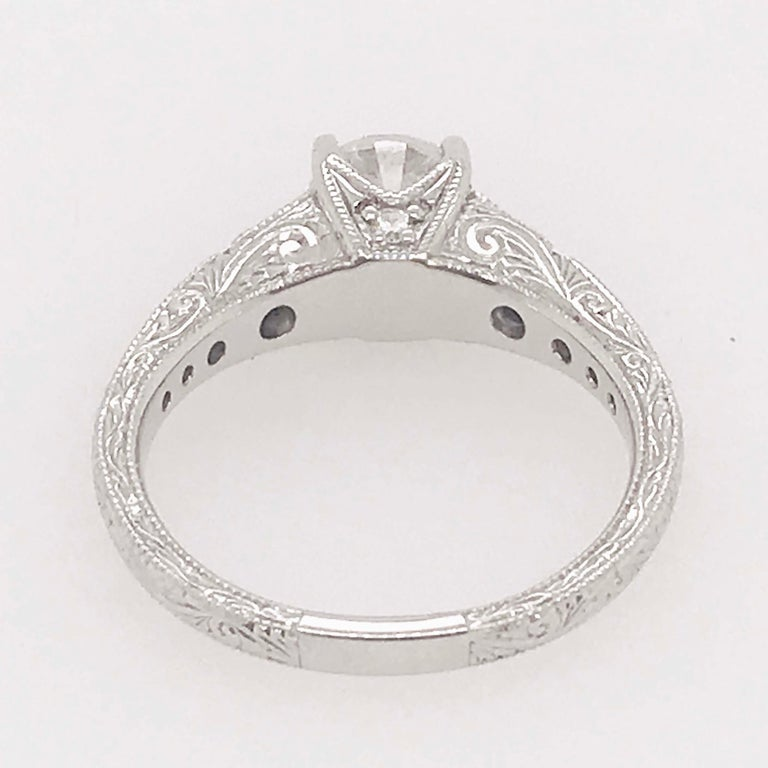 Certified 1 Carat Diamond Vintage Style Ring and Antique Hand Engraving For Sale 3