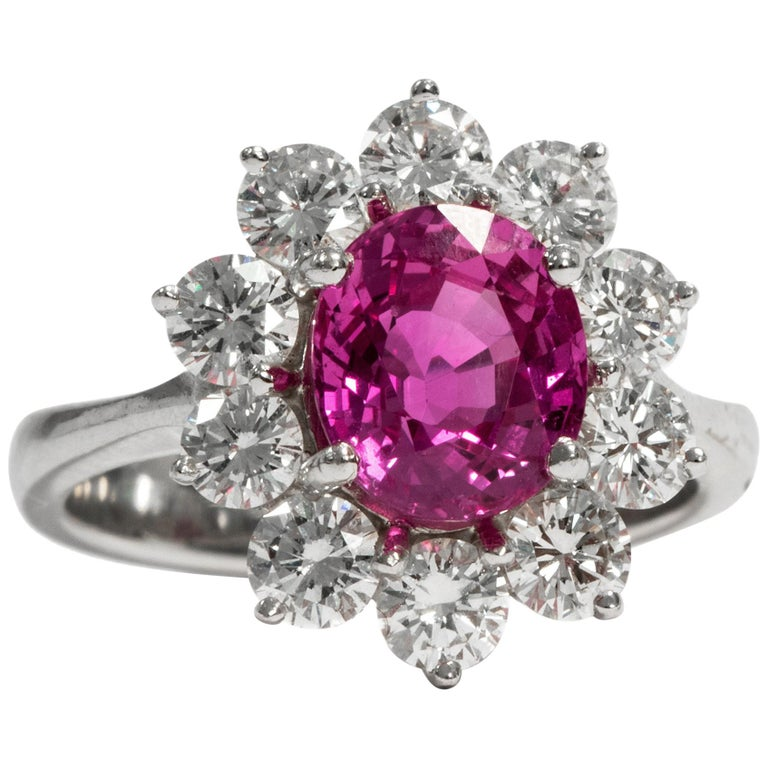 Certified 1.1 Carat Pink Sapphire & 1.4 Carat Diamond Vintage 1970s Cluster Ring For Sale