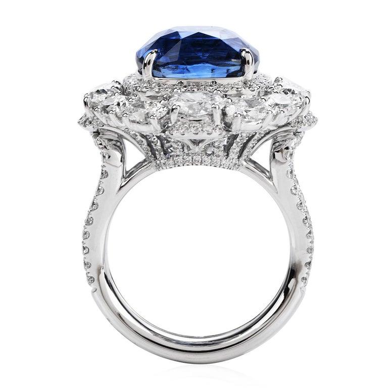 Women's or Men's Certified 11.17 Carat Ceylon Sapphire Diamond 18k Gold Cocktail Engagement Ring For Sale