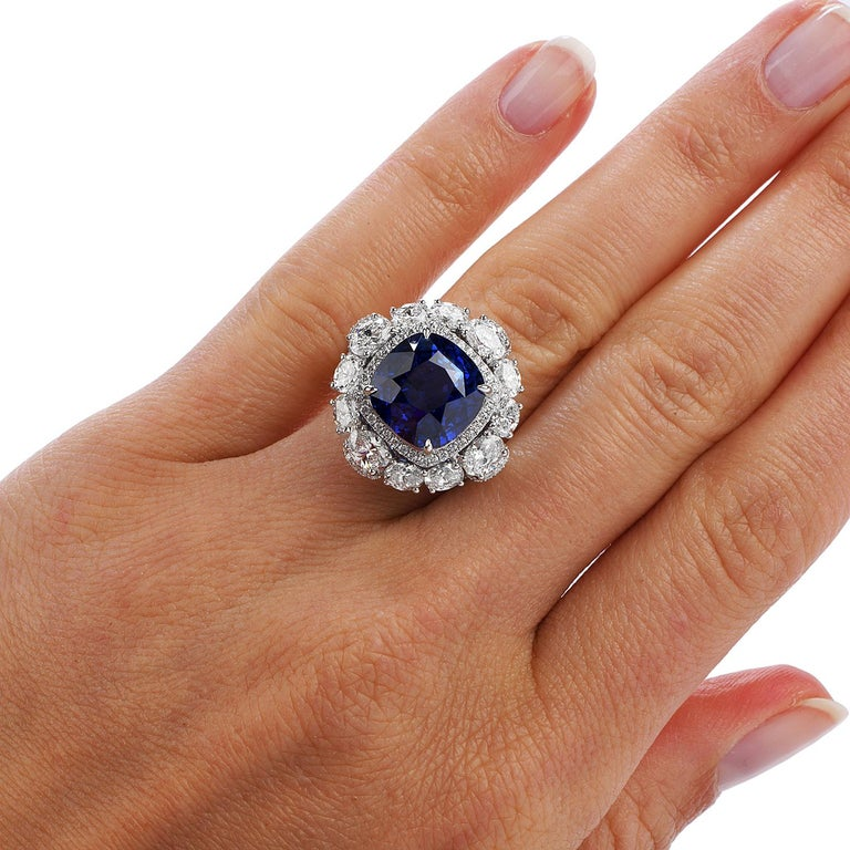 Certified 11.17 Carat Ceylon Sapphire Diamond 18k Gold Cocktail Engagement Ring For Sale 2