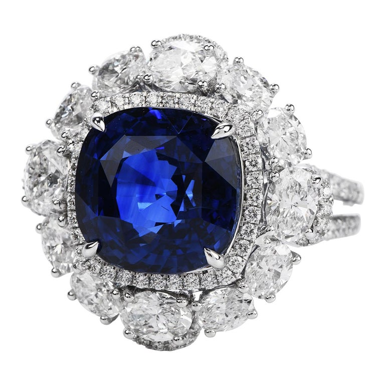 Certified 11.17 Carat Ceylon Sapphire Diamond 18k Gold Cocktail Engagement Ring For Sale