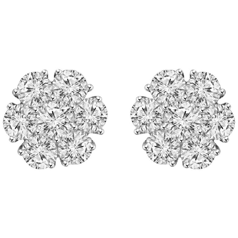 Certified 1.00 Carat Round Diamond Flower Cluster Stud Earrings in 14 Karat Gold For Sale