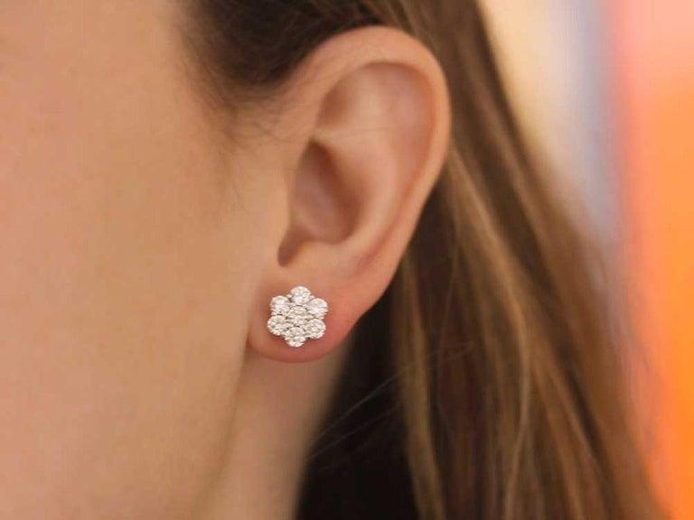 Round Cut Certified 1.00 Carat Round Diamond Flower Cluster Stud Earrings in 14 Karat Gold For Sale