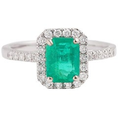 Certified 1.27 Carat Colombian Emerald Diamonds 18 Carat White Gold Ring