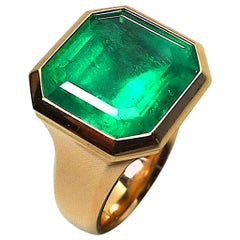 Certified 13.97 Carat Natural Colombian Emerald Rose Gold Ring