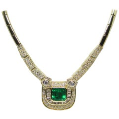 Certified 18 Karat Yellow Gold White Diamond Green Colombian Emerald Necklace
