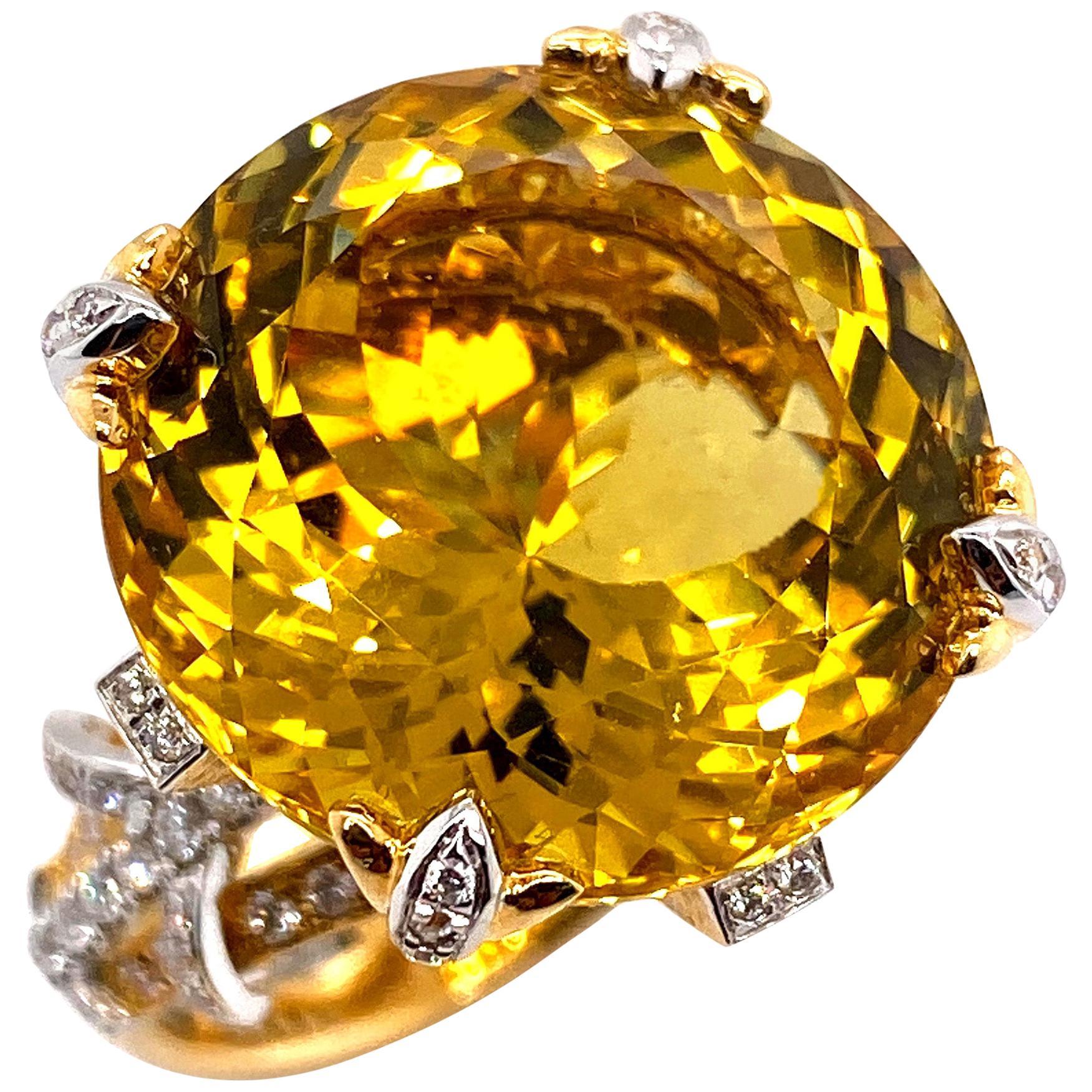 Certified 19.06 Carat Natural Yellow Beryl and Diamond Statement Ring