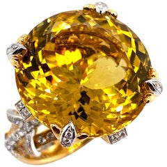 Certified 19.06 Carat Natural Yellow Beryl and Diamond Statement Ring