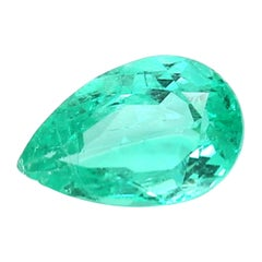 Certified 2.12 Carat Colombian Emerald