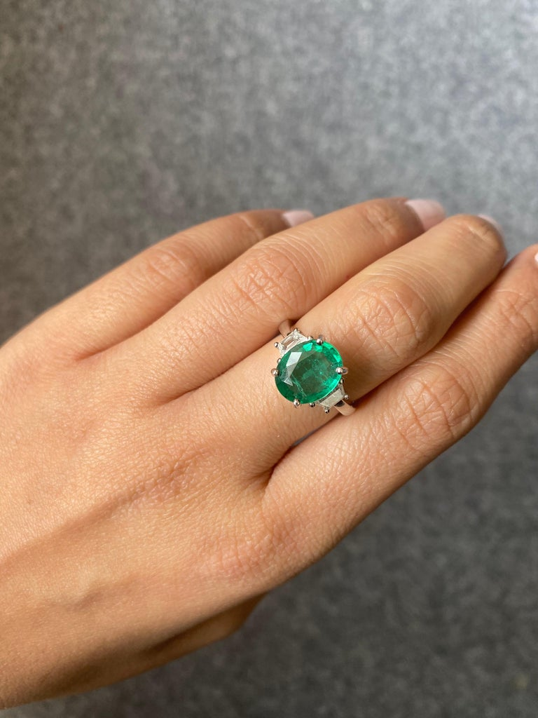 Oval Cut Certified 2.56 Carat Oval Shape Emerald and Diamond Three-Stone Engagement Ring For Sale