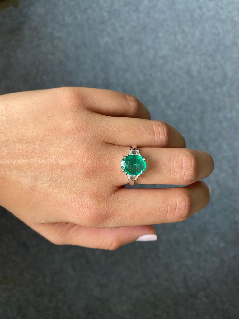 Women's Certified 2.56 Carat Oval Shape Emerald and Diamond Three-Stone Engagement Ring For Sale