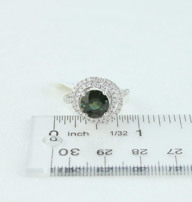 Certified 2.80 Carat No Heat Round Bluish Green Sapphire Diamond Gold Ring For Sale 4