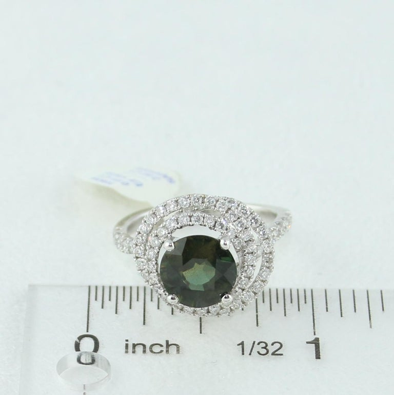 Certified 2.80 Carat No Heat Round Bluish Green Sapphire Diamond Gold Ring For Sale 3