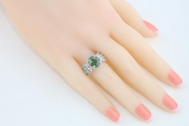 Certified 3.08 Carat Oval Green Sapphire Diamond Gold Ring For Sale 1