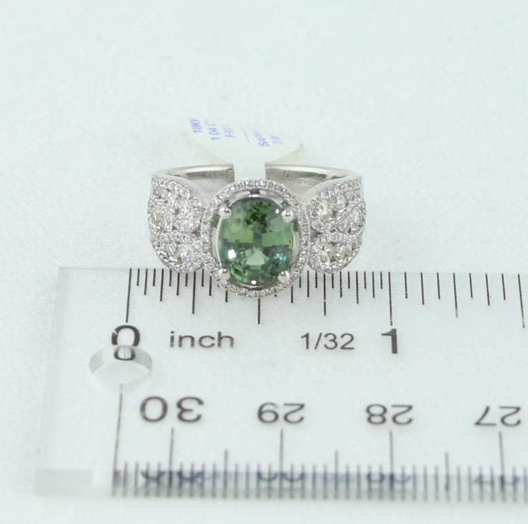 Certified 3.08 Carat Oval Green Sapphire Diamond Gold Ring For Sale 2