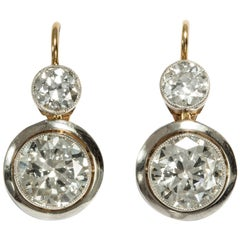 Certified 3.16 Carat Old European Cut Diamond Gold Platinum Earrings, circa 1920