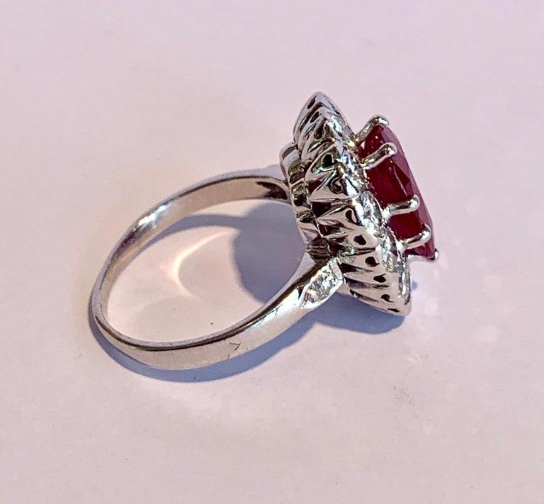 Cushion Cut Certified 3.20 Carat Siam Ruby 2 Carat Diamonds 18 Karat White Gold Ring For Sale
