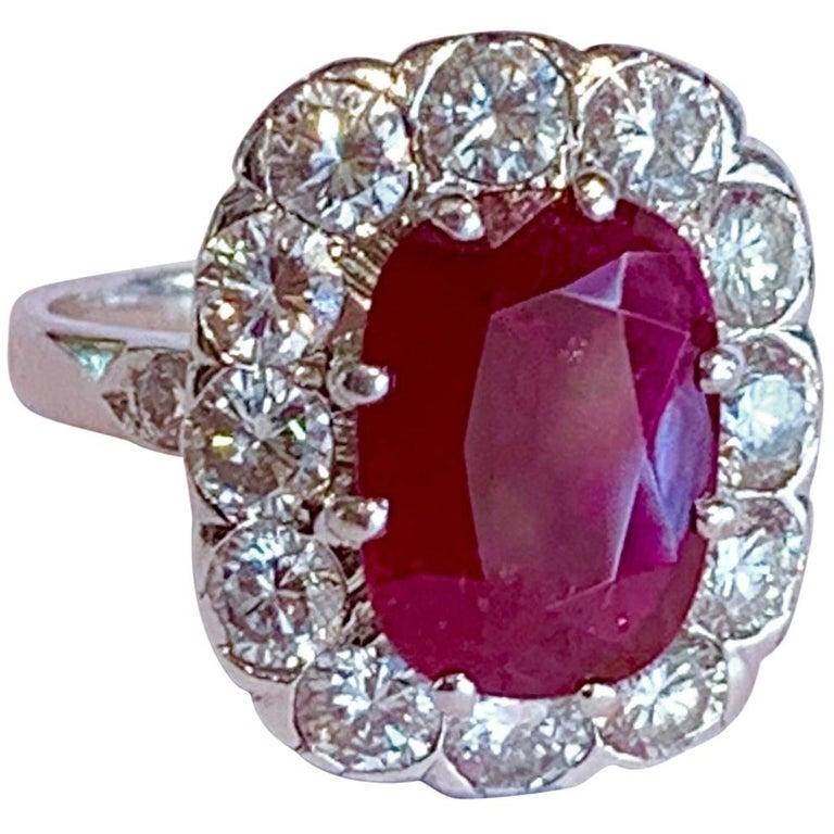 Certified 3.20 Carat Siam Ruby 2 Carat Diamonds 18 Karat White Gold Ring For Sale