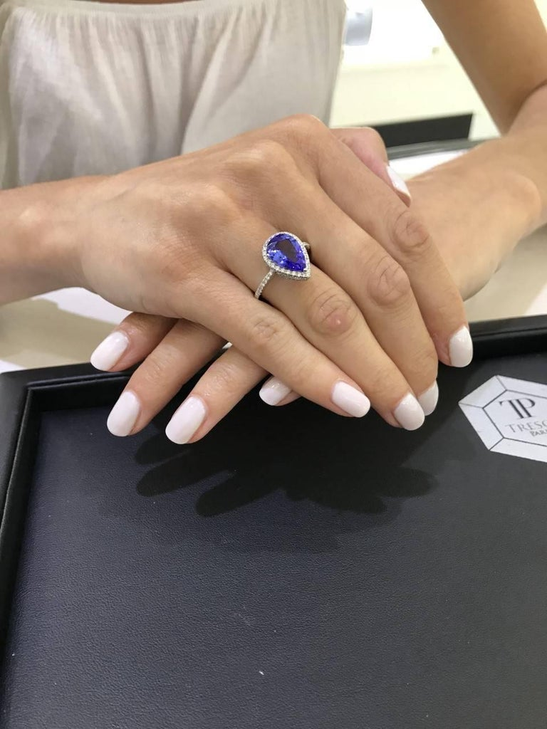 3.26 CT Pear Tanzanite Certified 0.75 Carat Diamond 18 KT Gold Engagement Ring For Sale 3