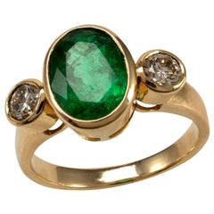 Certified 3.5 Carat Emerald and Diamond Bezel Statement Ring 18 Karat Gold