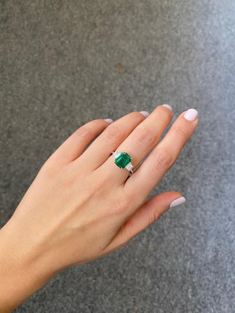 Modern Certified 3.82 Carat Emerald and Diamond Three-Stone Engagement Ring For Sale