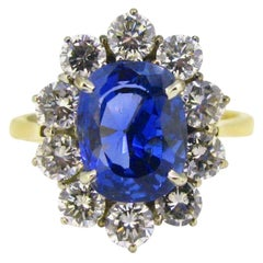 Certified 3.84 Carat Sapphire Diamonds Cluster Wedding Ring
