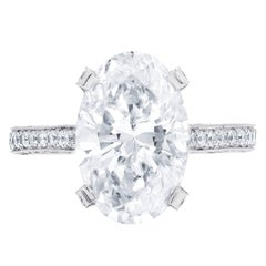 Certified 4.08 Carat Oval Cut E-SI2 Diamond Ring