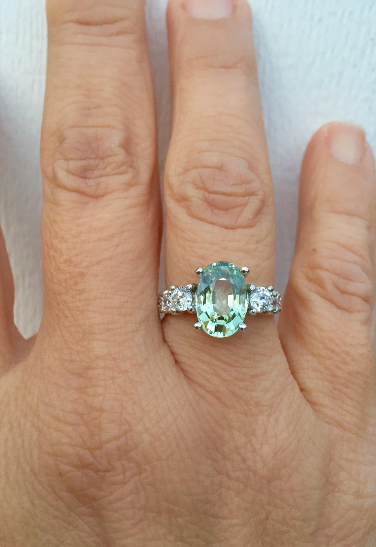 Certified 4.38 Carat Untreated Fine Sapphire and Diamond Engagement Ring 18K In New Condition For Sale In Brunswick, ME