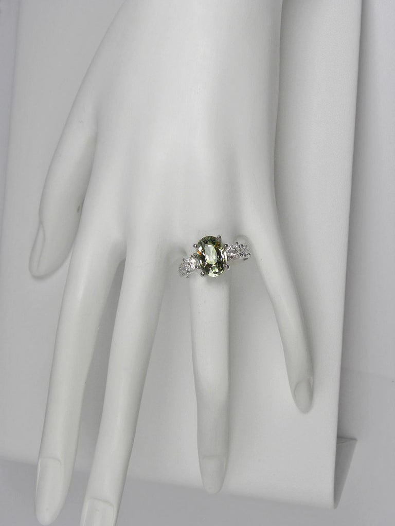 Certified 4.38 Carat Untreated Fine Sapphire and Diamond Engagement Ring 18K For Sale 7