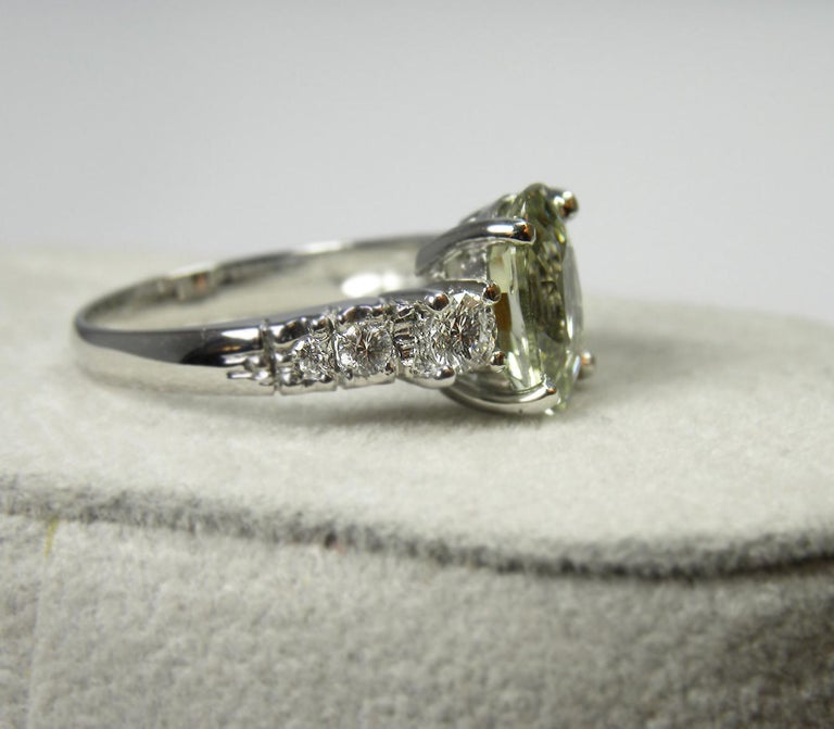 Certified 4.38 Carat Untreated Fine Sapphire and Diamond Engagement Ring 18K For Sale 4