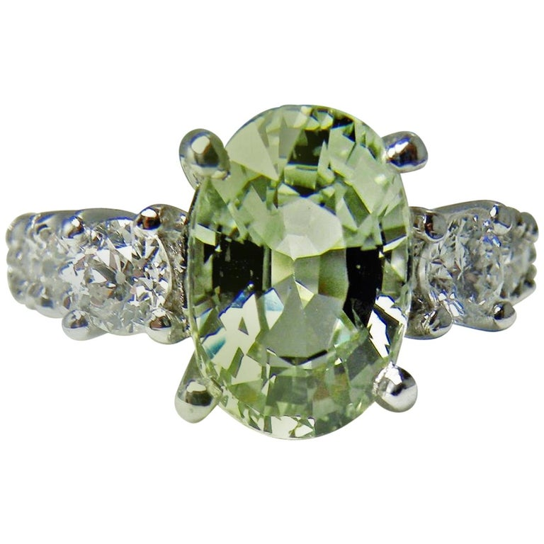Certified 4.38 Carat Untreated Fine Sapphire and Diamond Engagement Ring 18K For Sale