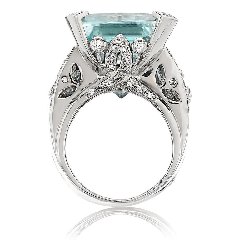 Certified 46 Carat Aquamarine and Diamond Ring Set in 18 Carat White Gold 3