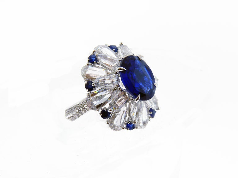 Certified 5.11 Carat Sapphire Diamond 18 Karat White Gold Ring In New Condition For Sale In New York, NY