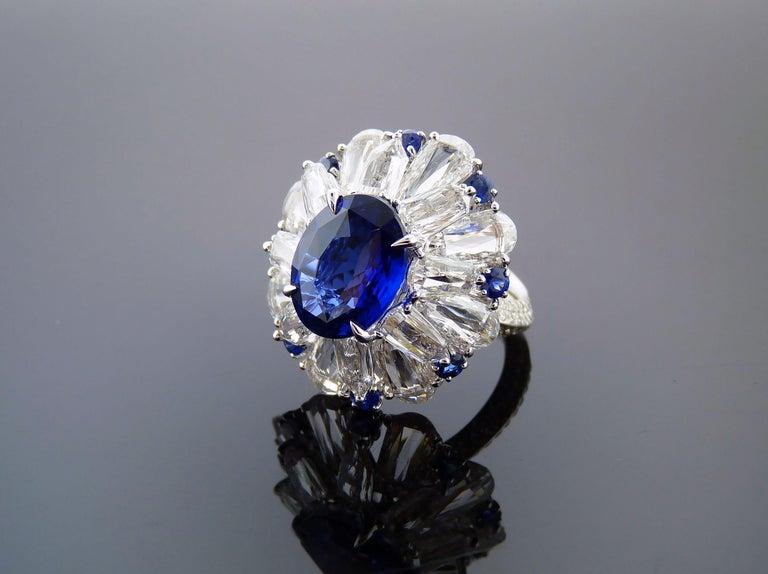 Women's Certified 5.11 Carat Sapphire Diamond 18 Karat White Gold Ring For Sale
