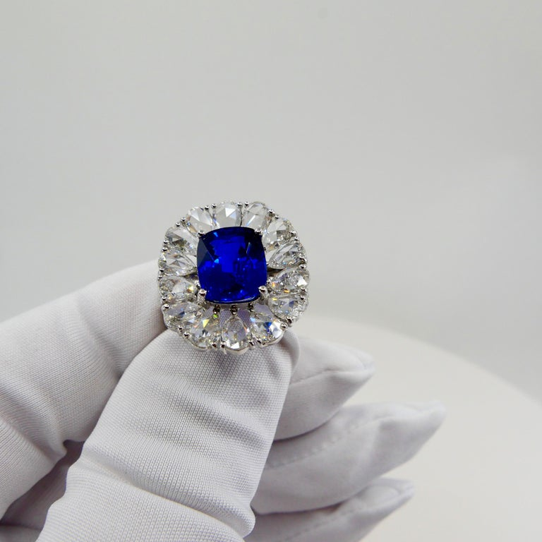 Certified 6 Carat Ceylon Royal Blue Sapphire and Rose Cut Diamond Cocktail Ring In New Condition For Sale In Hong Kong, HK