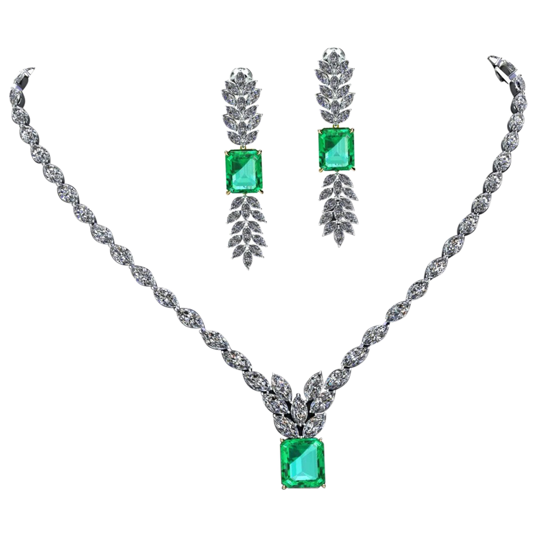 Certified 6.31 Carat Emerald 23 Carat Diamond 18k Gold and Platinum 950 Necklace