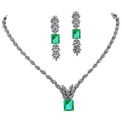Certified 6.31 Carat Emerald 23 Carat Diamond 18k Gold and Platinum 950 Necklace