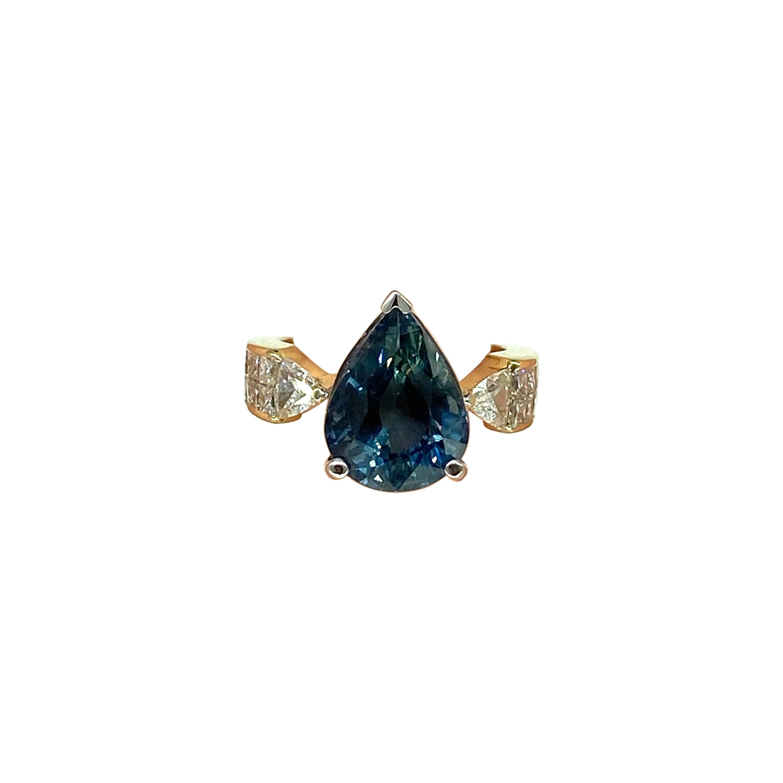 Certified 8 Carat Natural No Heat Blue Sapphire & Diamond Ring 18k Gold