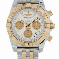 Zertifizierter Breitling Chronomat CB0140 mit Band und silbernem Ziffernblatt