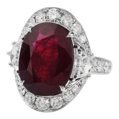 Certified Burma Red Ruby 13.45 Carat Diamond 18 Karat Gold Cocktail Ring
