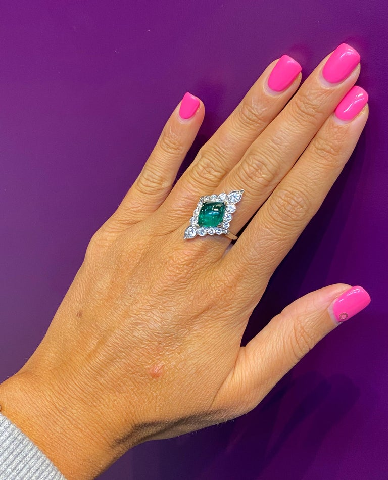 Certified Cabochon Colombian Emerald & Diamond Ring For Sale 1