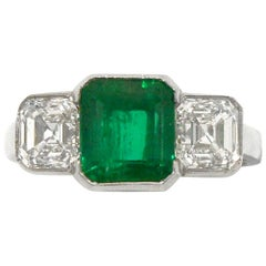 Certified Colombian Emerald 3-Stone Art Deco Ring Square Diamonds 4 Carat