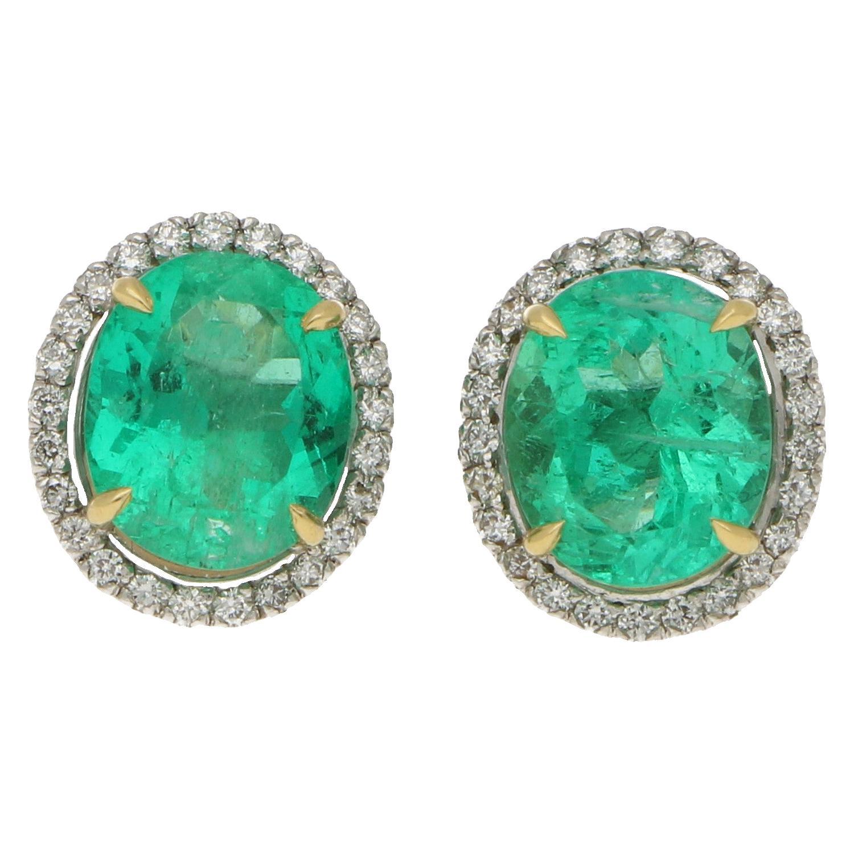 Certified Colombian Emerald and Diamond Halo Stud Earrings in 18 Karat Gold