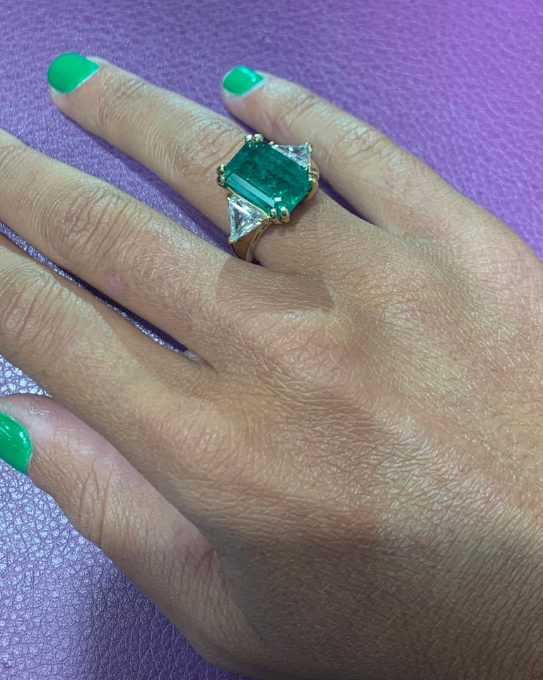 Certified Emerald and Diamond Three-Stone Ring For Sale 4
