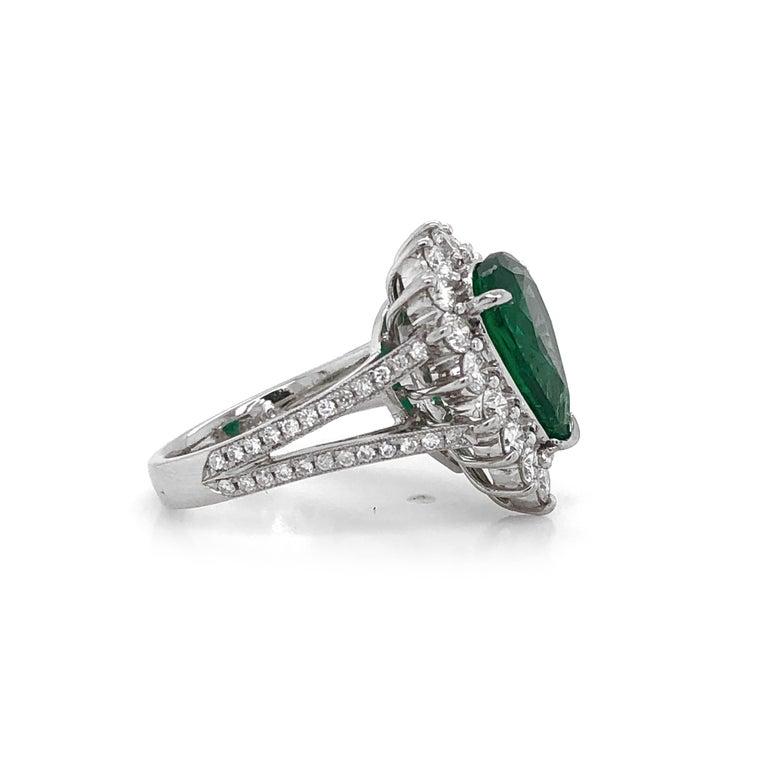 Contemporary Certified Emerald Pear Cut 3.66 Carat Diamonds Platinum Ring For Sale